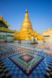 Logo Oo Ponya Shin Pagoda, Sagaing, Mandalay, Myanmar imagens de stock
