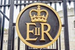Logo reale della cresta della regina Elizabeth II Fotografia Stock Libera da Diritti