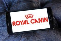 Logo royal d'aliment pour animaux familiers de canin Photos libres de droits