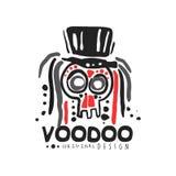 Logo-Schablonendesign des ursprünglichen Wodus magisches mit dem abstrakten Schädel mit tragendem Hut des Haares Religion und Kul lizenzfreie abbildung