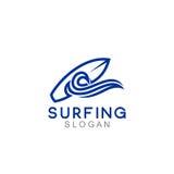 Logo Template que practica surf Foto de archivo