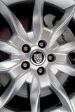 Logo von Jaguar auf Rädern Lizenzfreie Stockfotos