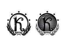 Logodesign-Fünf-Sternekönig mit Krone, Muster und Beschriftung Stockfotografie