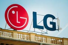 Logoen av LG är ett sydkoreanskt multinationellt företag Royaltyfria Foton