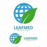 Logokombination av ett blad och ett jordklot Arkivfoton
