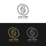 Logos de cabinet juridique réglés Dirigez la mandataire de vintage, labels d'avocat, insignes fermes juridiques Acte, principe, i illustration de vecteur