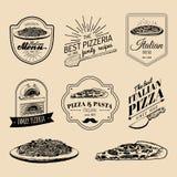 Logos italiens de nourriture de hippie de vecteur Signes modernes etc. de pâtes et de pizza Illustrations méditerranéennes tirées Image libre de droits