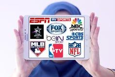 Logos obersten berühmten Fernsehens trägt Kanäle und Netze zur Schau Stockfoto