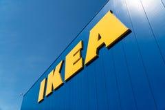 Logotipo al aire libre de la tienda de IKEA foto de archivo libre de regalías