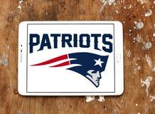 Logotipo americano del equipo de fútbol de los New England Patriots imagenes de archivo