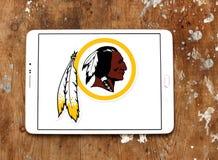 Logotipo americano del equipo de fútbol de Washington Redskins imagenes de archivo