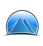 Logotipo azul del paisaje y de las montañas Fotografía de archivo