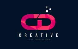 Logotipo CD de la letra de C D con concepto rosado polivinílico bajo púrpura de los triángulos Imágenes de archivo libres de regalías