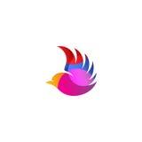 Logotipo cor-de-rosa isolado do vetor da opinião lateral de pássaro de voo da cor Logotype animal Ícone do contorno de asas Silhu Foto de Stock Royalty Free