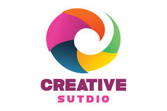 Logotipo criativo do estúdio Imagens de Stock
