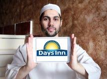 Logotipo da cadeia hoteleira do Days Inn fotos de stock royalty free