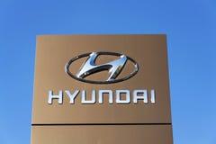 Logotipo da empresa de Hyundai na frente da construção do negócio Fotografia de Stock Royalty Free