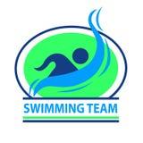 Logotipo da equipe de natação com um fundo verde Foto de Stock