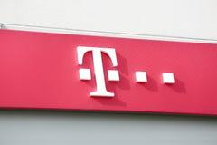 Logotipo da loja de Telekom fotografia de stock royalty free