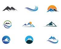 Logotipo da montanha e ícones dos símbolos Fotografia de Stock
