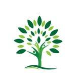 Logotipo da árvore dos povos dos trabalhos de equipa Fotos de Stock Royalty Free