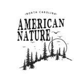 Logotipo da tipografia do vetor com floresta Imagem de Stock Royalty Free