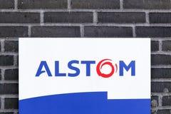 Logotipo de Alstom en una pared Imágenes de archivo libres de regalías