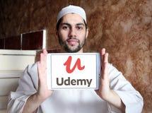 Logotipo de aprendizagem em linha da plataforma de Udemy imagens de stock royalty free