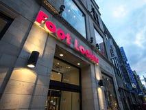 Logotipo de Foot Locker em sua loja principal para Montreal, Quebeque Foot Locker é um varejista americano de calçados inspirados fotos de stock