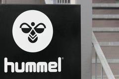 Logotipo de Hummel em uma parede Imagem de Stock Royalty Free