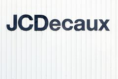 Logotipo de JCDecaux en una pared Fotos de archivo