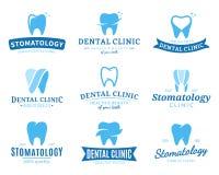 Logotipo de la clínica, iconos y elementos dentales del diseño Imágenes de archivo libres de regalías