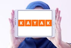 Logotipo de la compañía del viaje del KAJAK Imagen de archivo libre de regalías