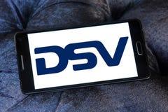 Logotipo de la compañía de DSV fotos de archivo