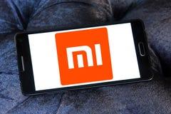 Logotipo de la compañía de electrónica de Xiaomi foto de archivo libre de regalías