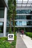 Logotipo de la compañía de las tecnologías de CA en la construcción de las jefaturas foto de archivo