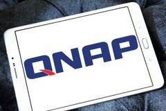 Logotipo de la compañía de los sistemas de QNAP Imágenes de archivo libres de regalías