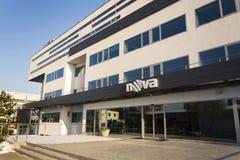 Logotipo de la compañía de la televisión CME de Nova en las jefaturas que construyen el 18 de enero de 2017 en Praga, República C Fotografía de archivo