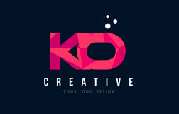 Logotipo de la letra del knock-out K O con concepto rosado polivinílico bajo púrpura de los triángulos stock de ilustración