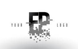 Logotipo de la letra del pixel del EP E P con las casillas negras rotas Digitaces Fotos de archivo