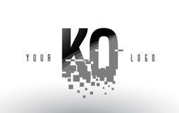 Logotipo de la letra del pixel del knock-out K O con las casillas negras rotas Digitaces stock de ilustración