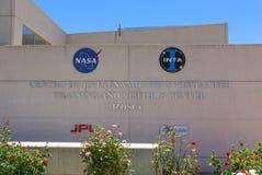 Logotipo de la NASA y de INTA en las comunicaciones de espacio profundo de Madrid Compl Foto de archivo libre de regalías