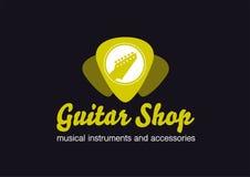 Logotipo de la tienda de la guitarra Guitarra en una forma de la púa ilustración del vector