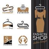 Logotipo de la tienda de la moda - la suspensión del vestido y de ropa de Brown vector diseño determinado stock de ilustración