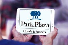 Logotipo de los hoteles y de los centros turísticos de la plaza del parque Fotografía de archivo libre de regalías