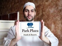 Logotipo de los hoteles y de los centros turísticos de la plaza del parque Imagenes de archivo