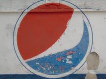 Logotipo de Pepsi na parede degradado fotos de stock