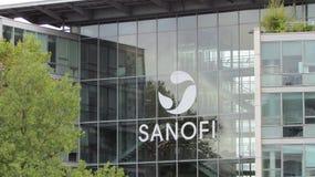 Logotipo de Sanofi em uma construção Imagem de Stock