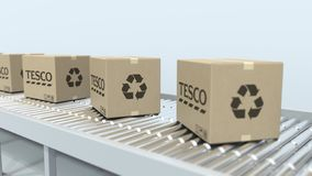 Logotipo de TESCO em caixas moventes no transporte de rolo Rendi??o 3D editorial ilustração do vetor