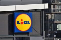 Logotipo de un supermercado de Lidl imagen de archivo